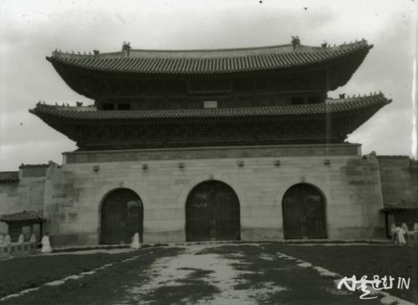광화문(동경대자료-1902년경 촬영).jpg