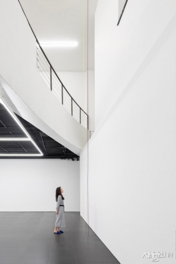Untitled (Sculptural Study, Three-part Construction), 갤러리현대 01.jpg
