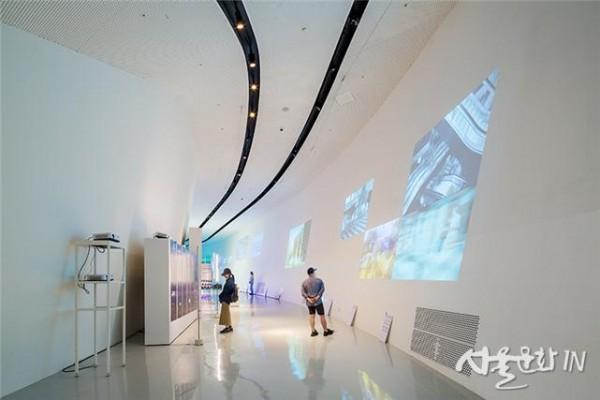 [이미지2] 2019 서울도시건축비엔날레 주제전 전시장.jpg