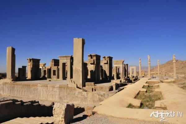 페르세폴리스 61 다리우스의 궁전.jpg