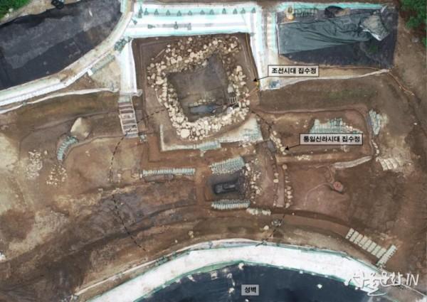 가림성 집수정 전경(직상에서 바라본 모습).jpg