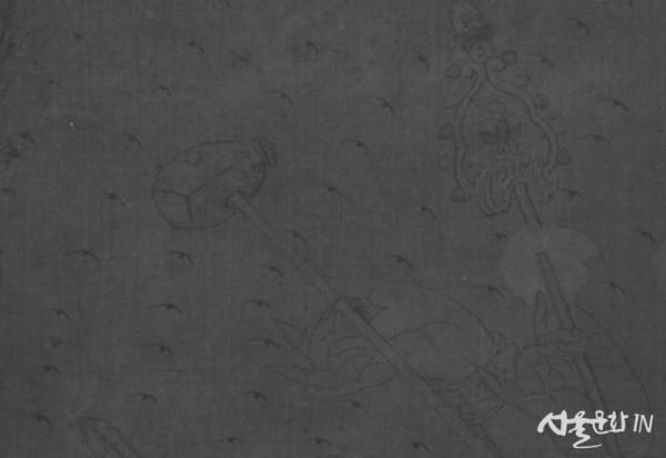 천수관음도 밑그림-광배에 그려진 눈-적외선 촬영.jpg