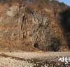 정선 매둔동굴에서 청동기 시대 매장의례를 파악할 수 있는 동굴무덤 확인